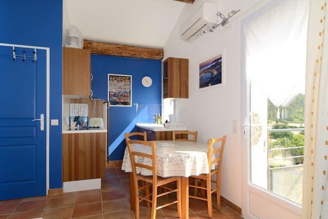 New flat in Carnoux en Provence