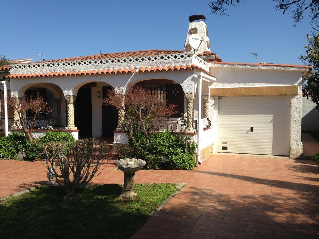 Residencia para 6 huéspedes con jardín