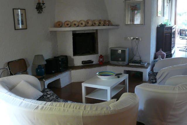 Villa con balcone a Formia