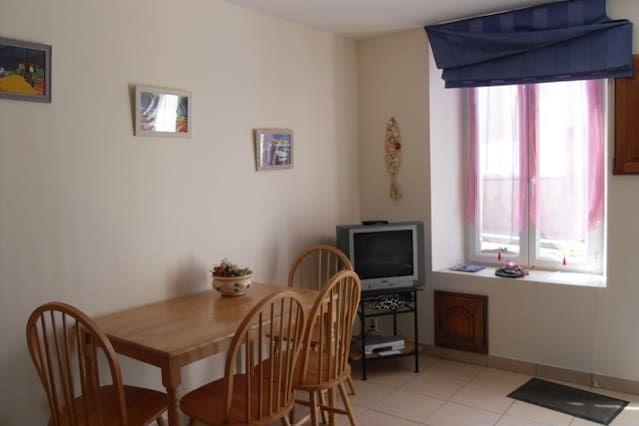 Logement de 1 chambre à Port-en-bessin-huppain