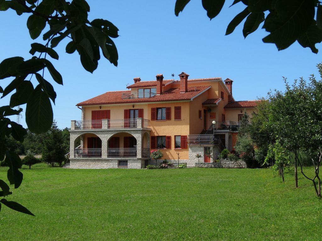 Alojamiento de 2 habitaciones en Vrećari