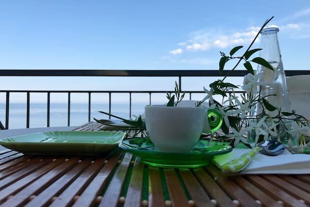 Con vistas alojamiento en Santa teresa di riva