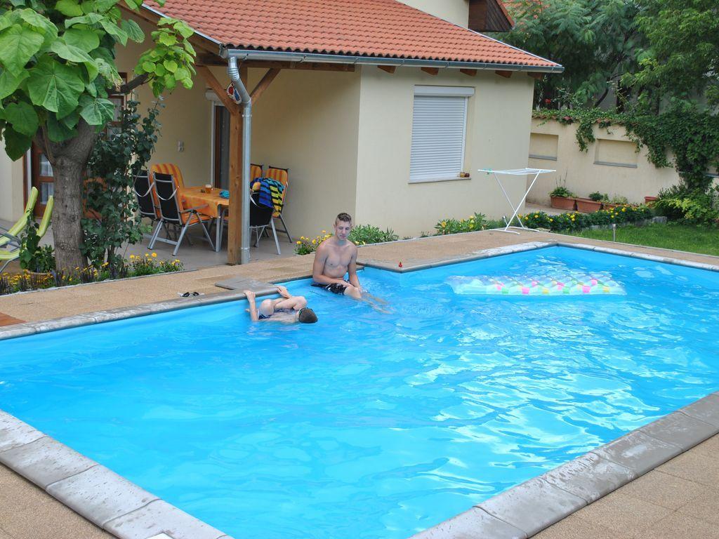 Panoramic apartment with swimming pool
