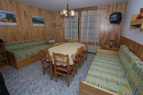 Merveilleux appartement avec 9 chambres