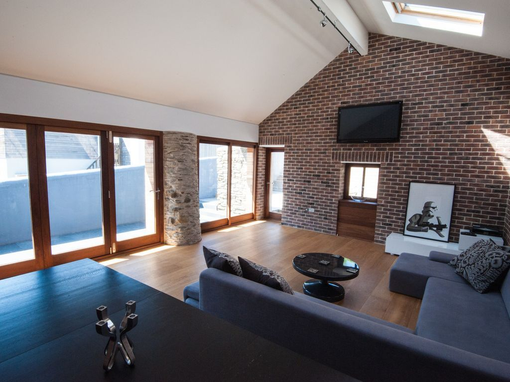Ideal holiday rental in Croyde for 10 guests