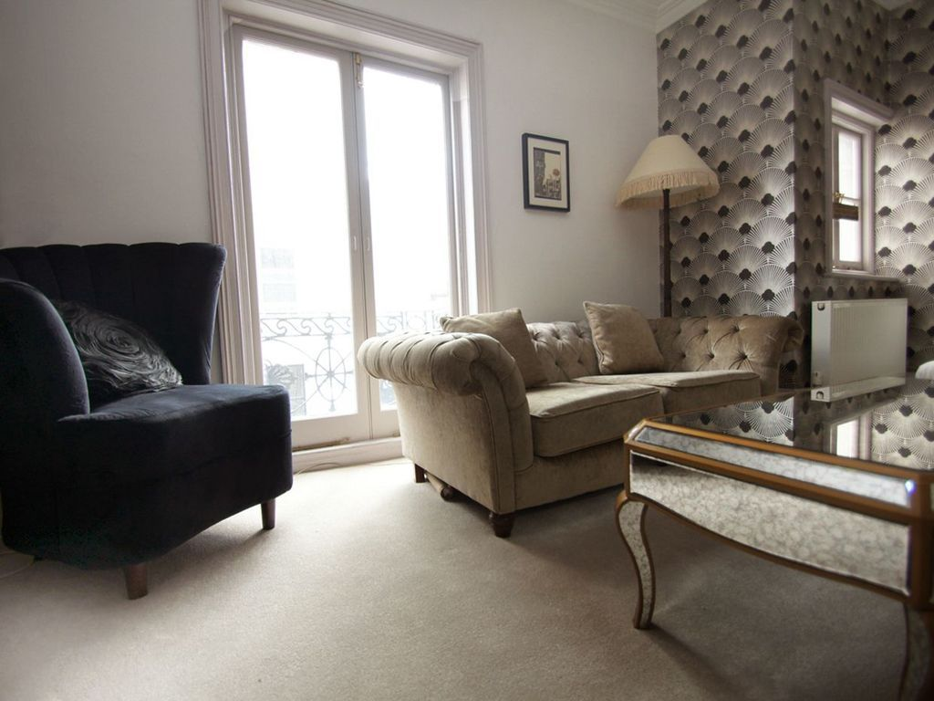 Holiday letting with TV and Laundry in Brighton