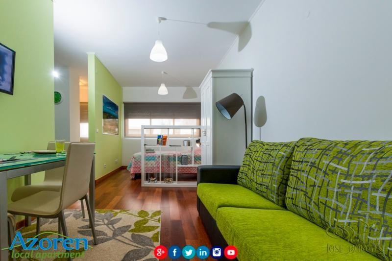 AZOREN Local Apartment