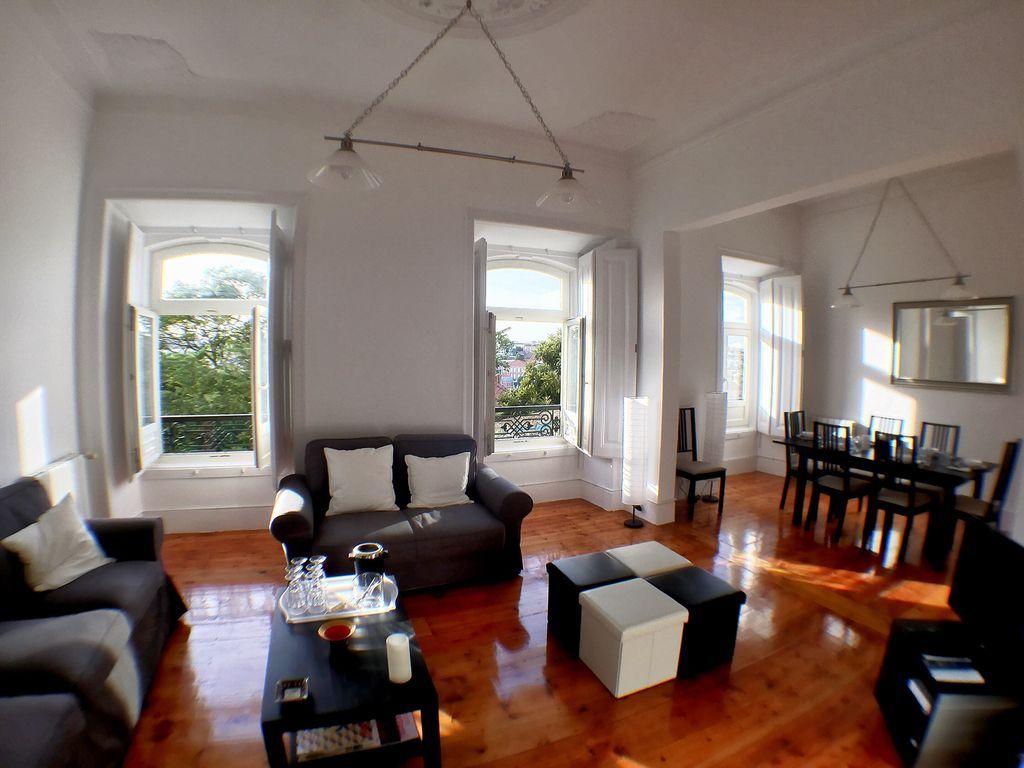 Hébergement à Lisbon à 3 chambres