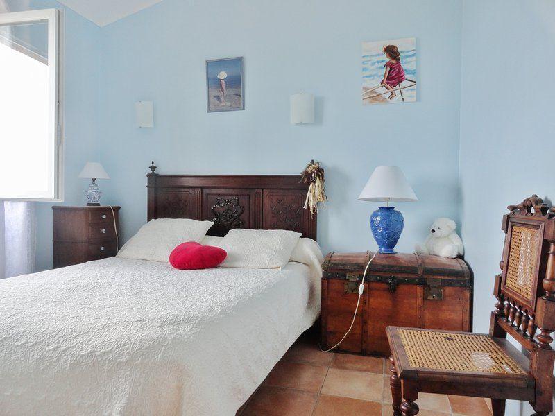 Este Acogedor Apartamento En Cateri En Balagne, Ile Rousse dispone de una magnífica Mar Vie