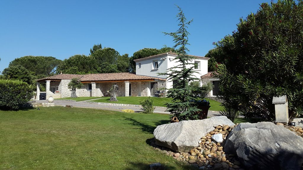 Equipada casa en Saint-laurent-des-arbres