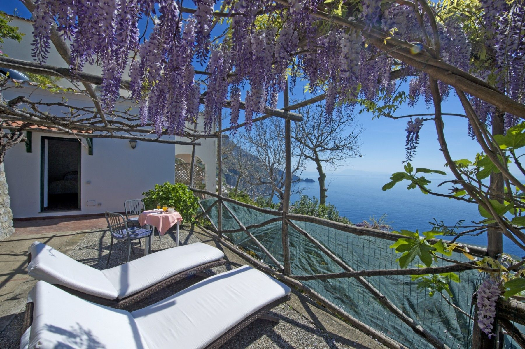 Perfecta casa con balcón