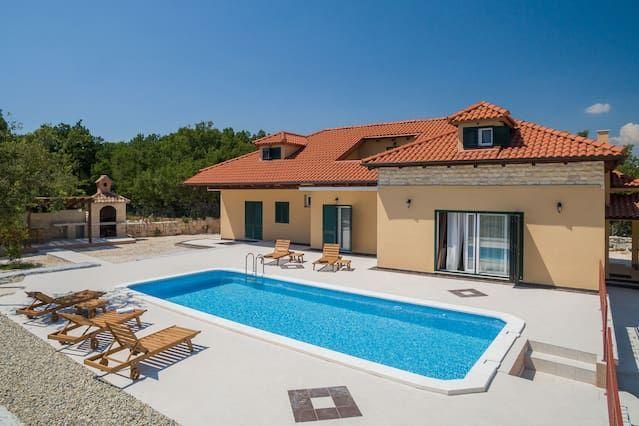Villa Mia - Dugopolje,Croatia