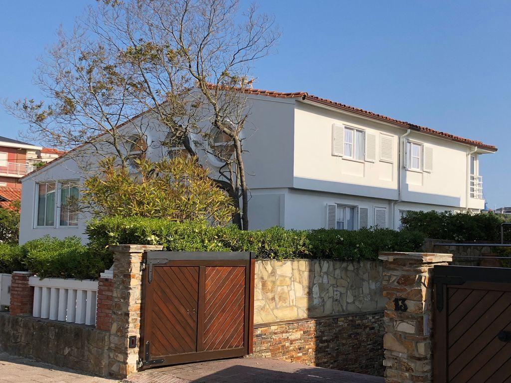 Casa de 210 m² en Suances