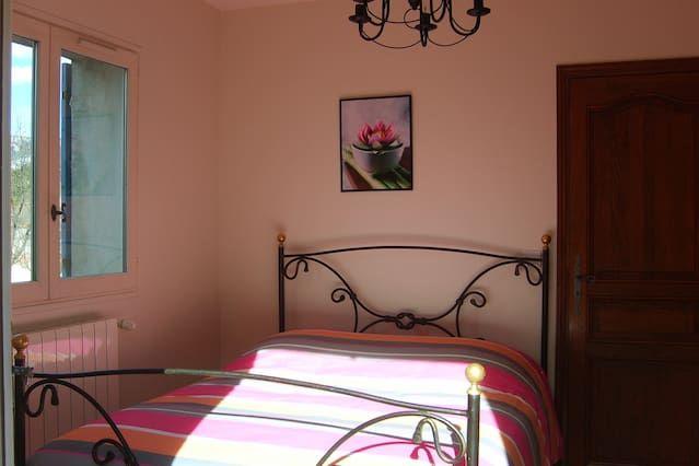 La Provençale - 4 pièces 130m² + jardin dans villa