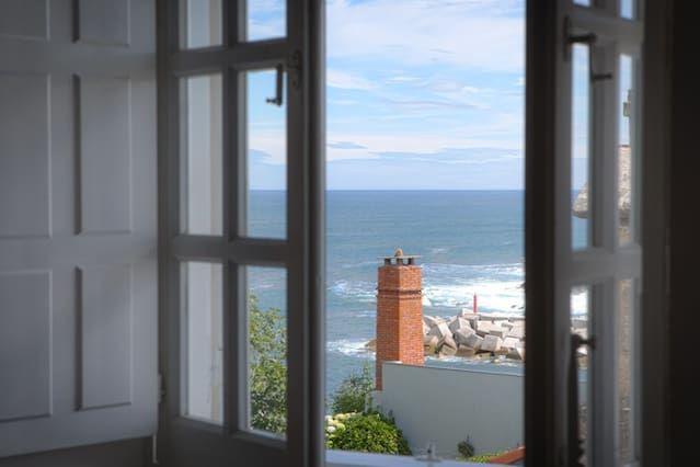 Vivienda para 13 huéspedes con balcón