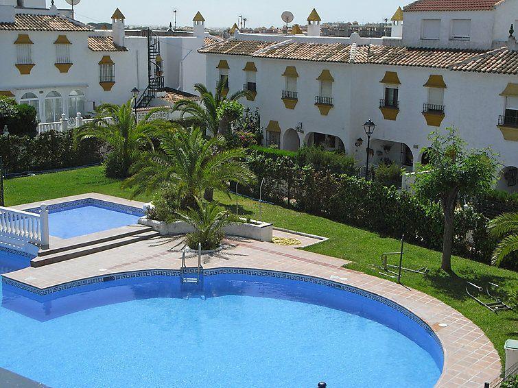 Alojamiento hogareño con piscina