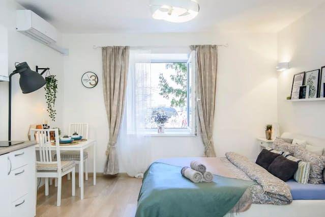 Hébergement à 1 chambre avec jardin