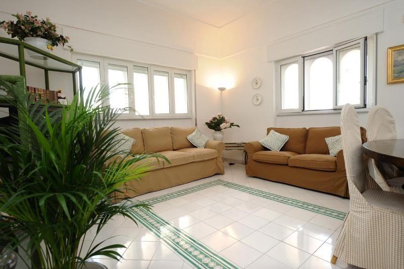 Apartamento de 3 habitaciones a 100 m de la playa