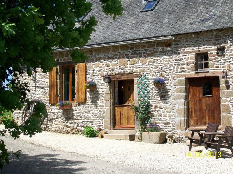 Dougebert Farmhouse