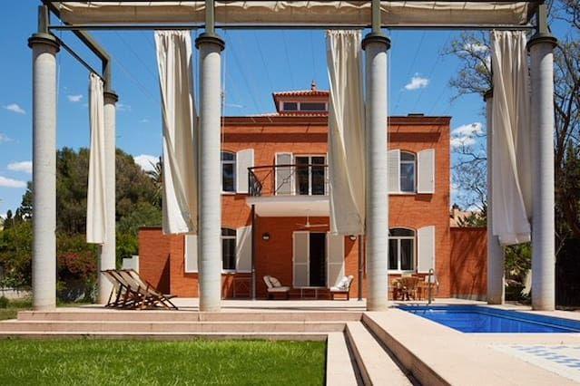 Alojamiento de 310 m² de 4 habitaciones