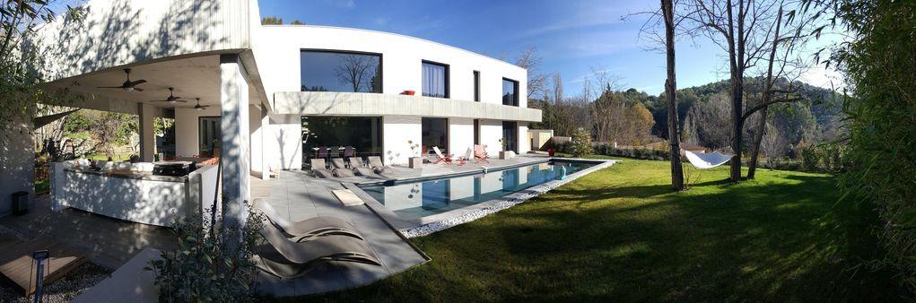 Vivienda familiar con piscina