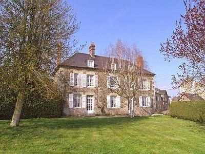 Le Maison Du Notaire