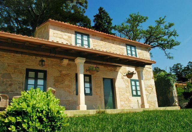 Casa de piedra restaurada de alquiler íntegro