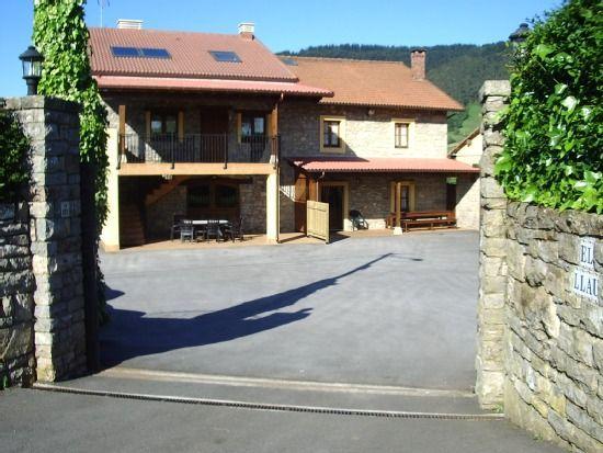 Residencia equipada para 18 huéspedes