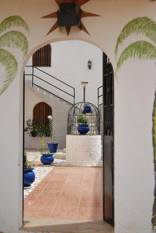 Hogareño alojamiento en Saly