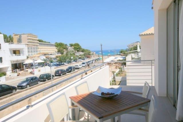 Chalet with beach,pool Pollensa / Pollença. Carrer Torrent de Can Botana, 21. Mallorca. Preciosa casa a 50 metros de la playa de arena de Cala Molins en Cala San Vicente