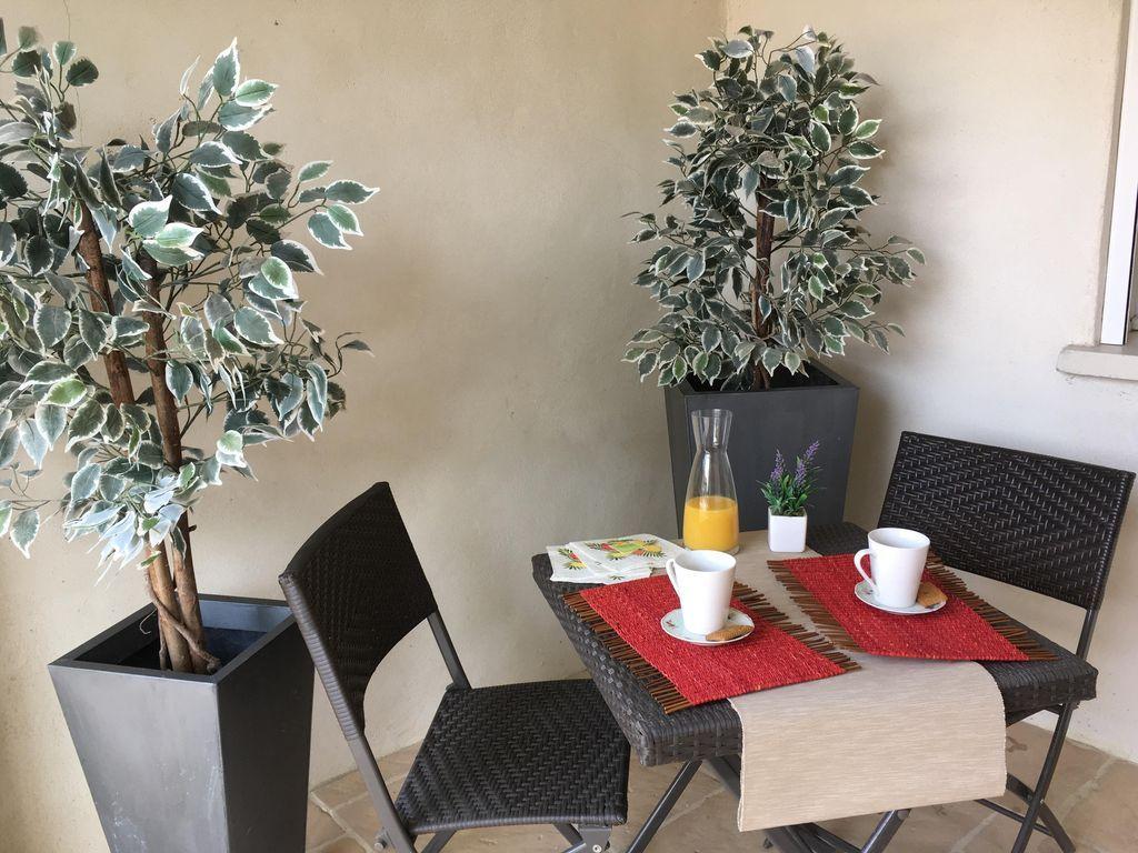 Residencia de 70 m² con jardín