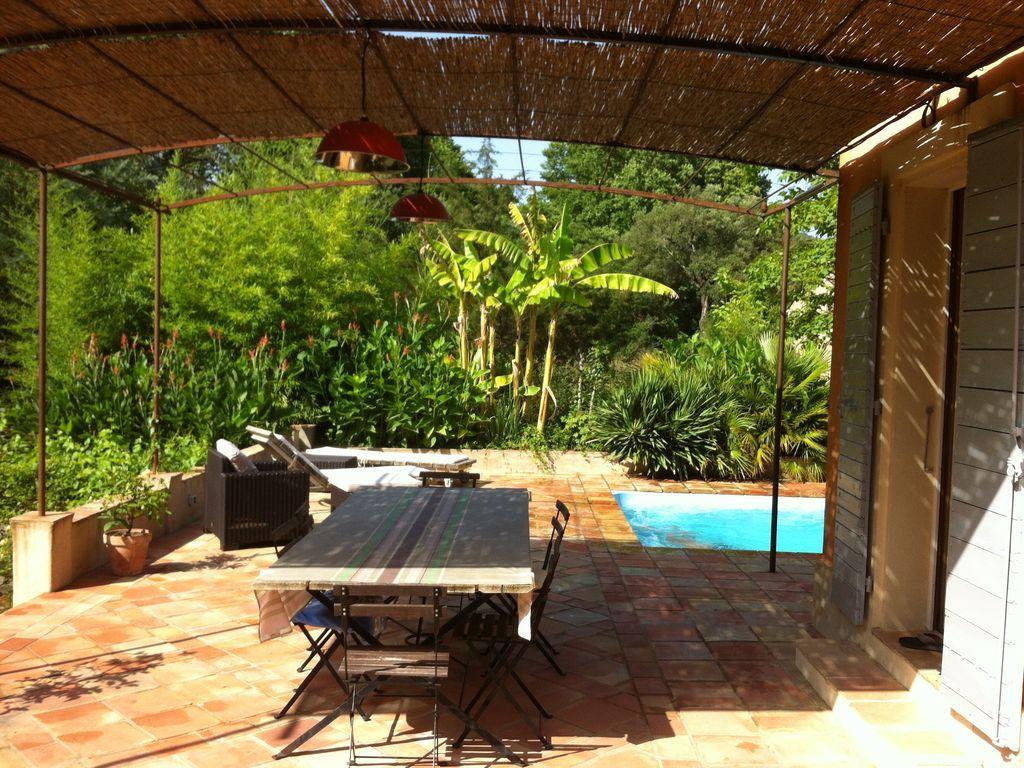 Casa de 180 m² con jardín