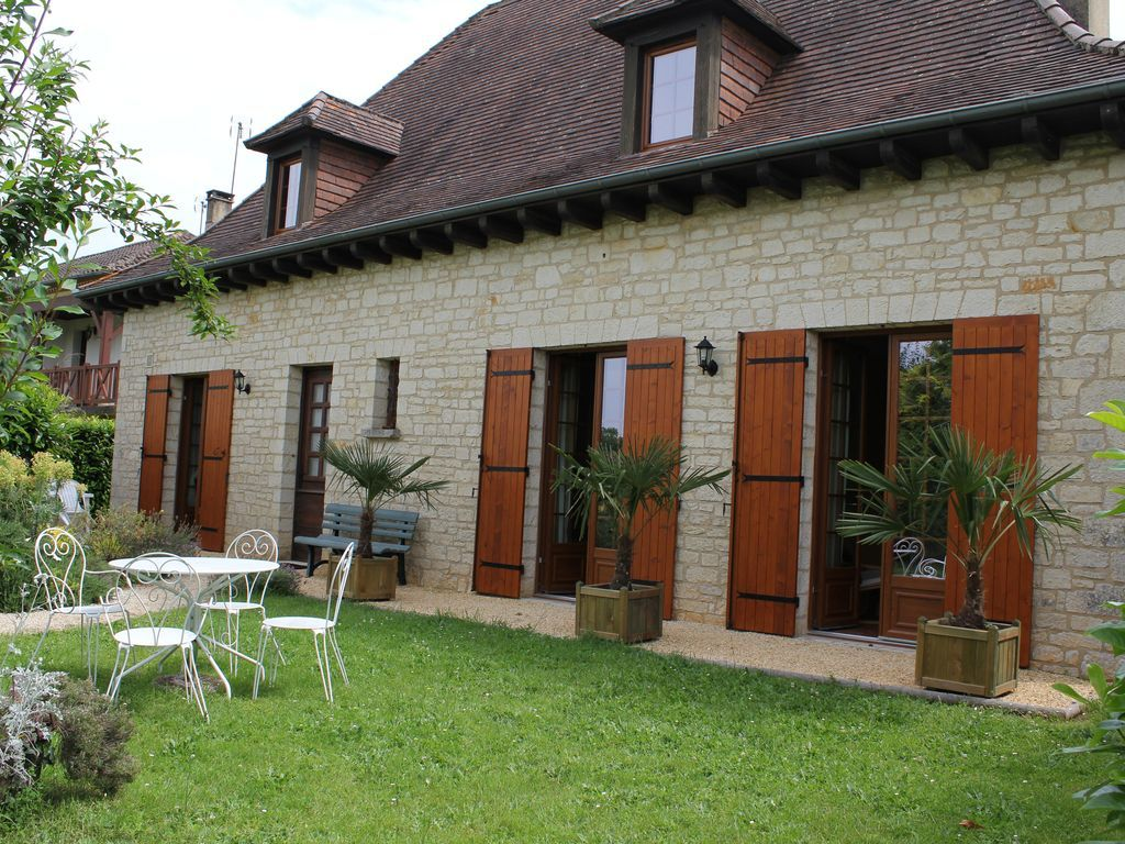 Residencia con jardín de 1 habitación