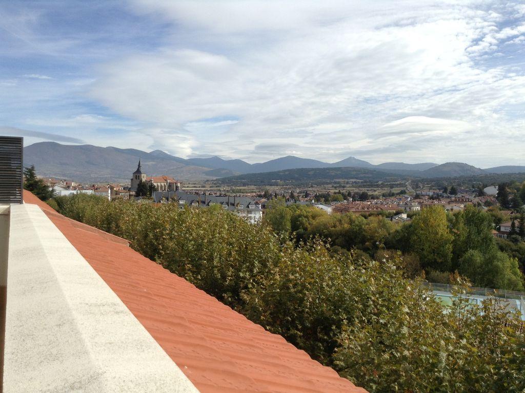 Piso de 5 habitaciones en Segovia