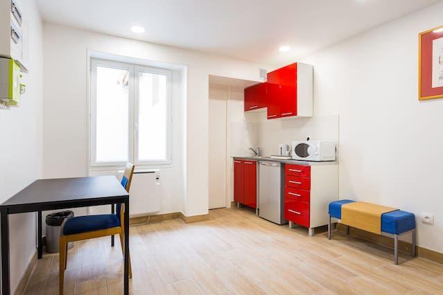 Bien équipé appartement