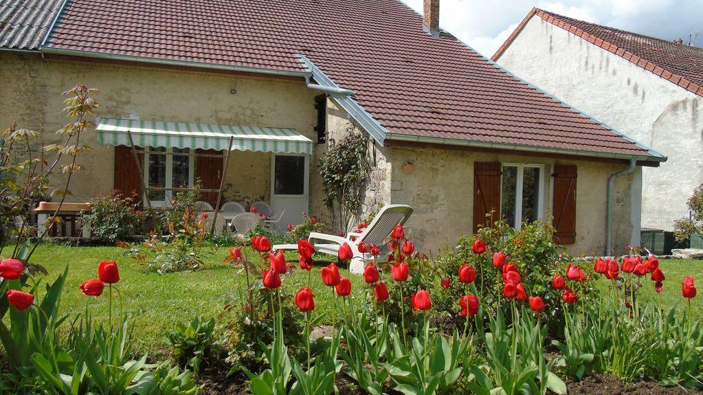 Alojamiento en Miéry con jardín