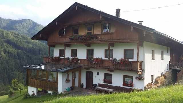 Appartement avec balcon à Steinberg am rofan