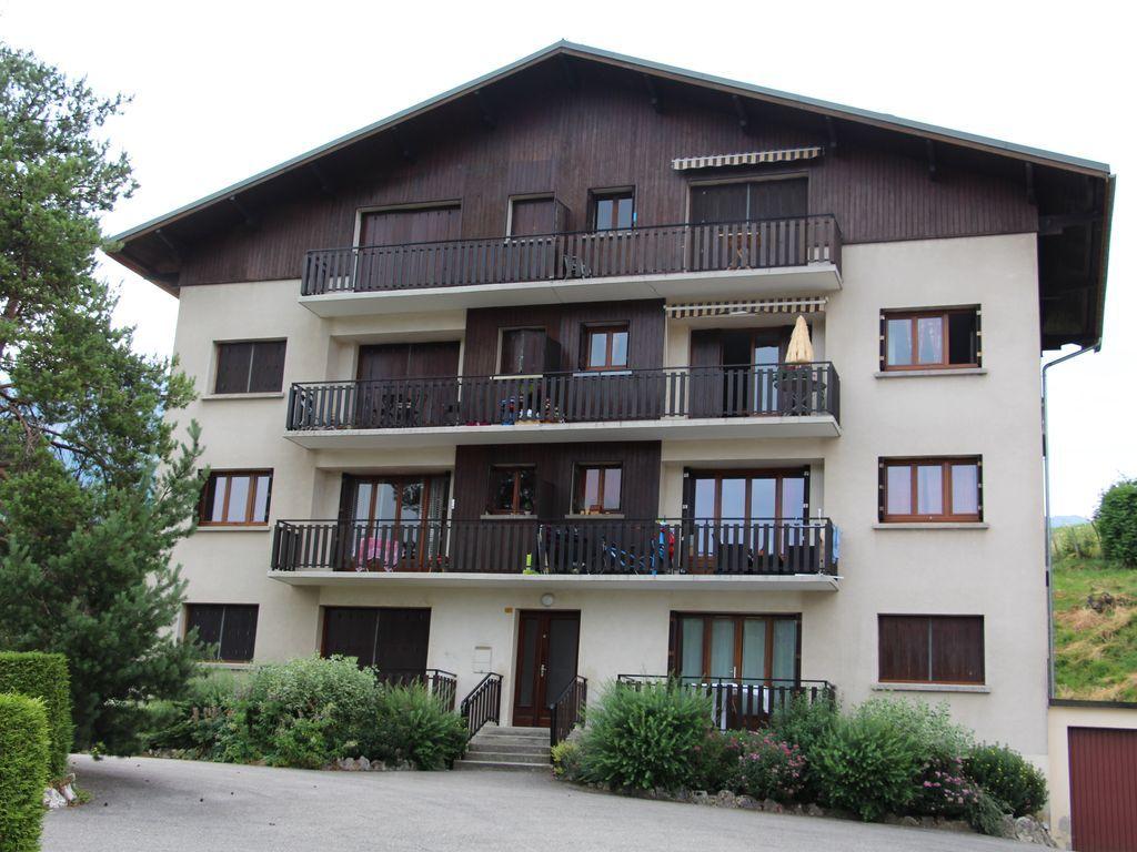Hébergement de 56 m² avec parking