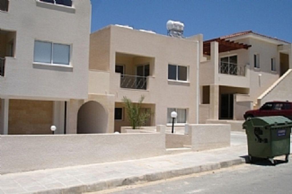 Piso de 2 habitaciones con balcón