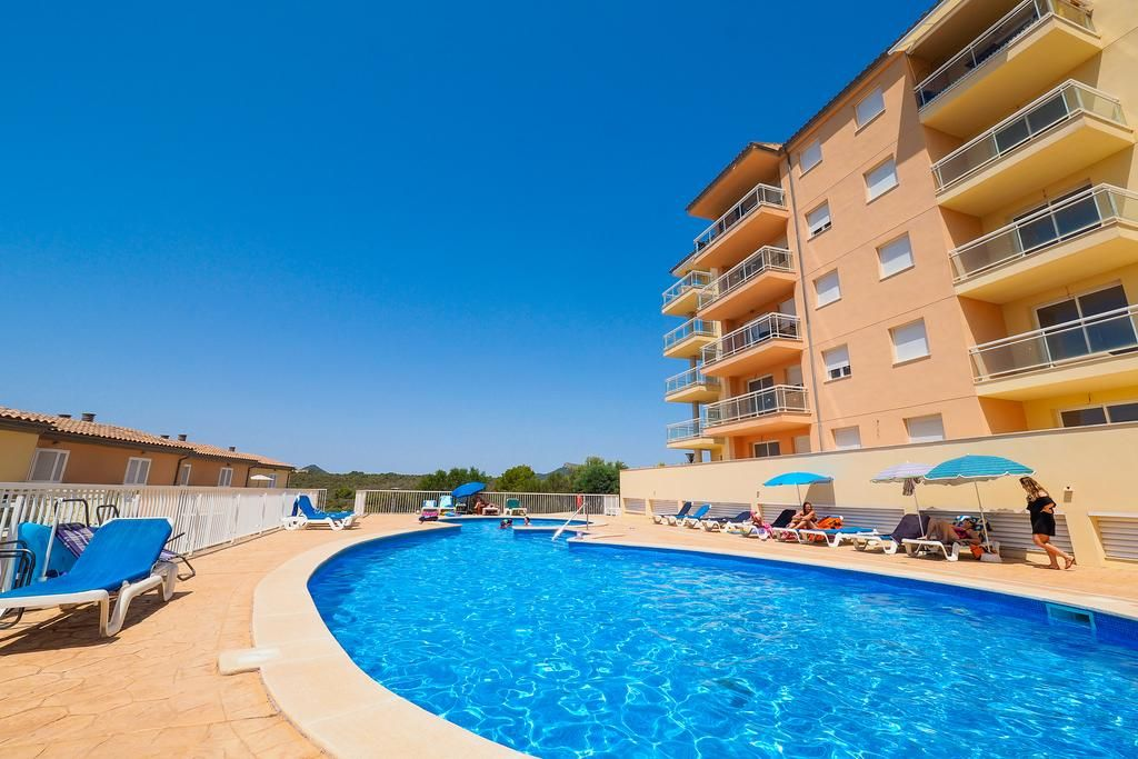 Property with everything you need in Calas de mallorca