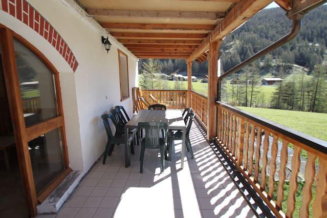 Alojamiento con balcón en Arvieux