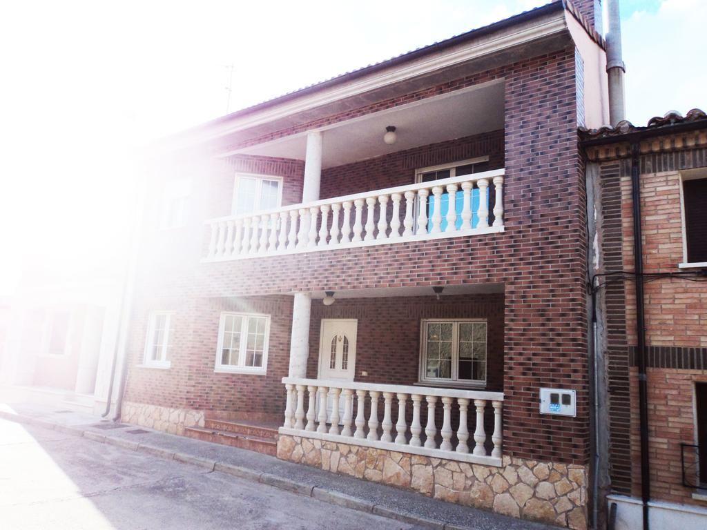Residencia de 4 habitaciones en Cabia