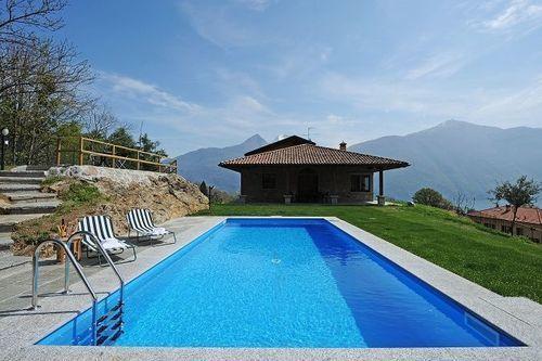 lujo de la familia Villa Louise ~ viven en el lago central!