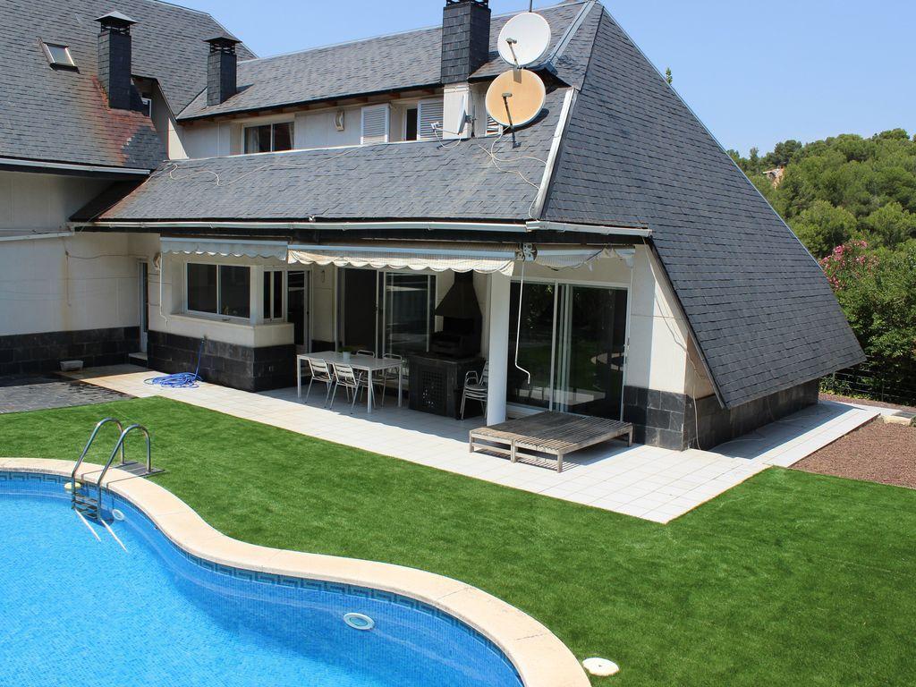 Práctica residencia de 300 m²