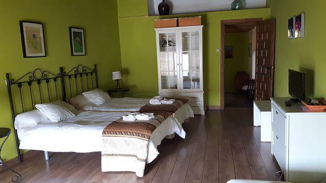Alojamiento en Cañaveral de 11 habitaciones