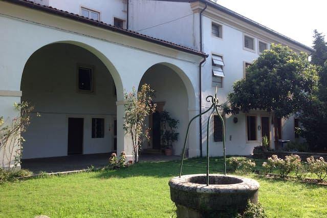 Residencia en Arcugnano con jardín