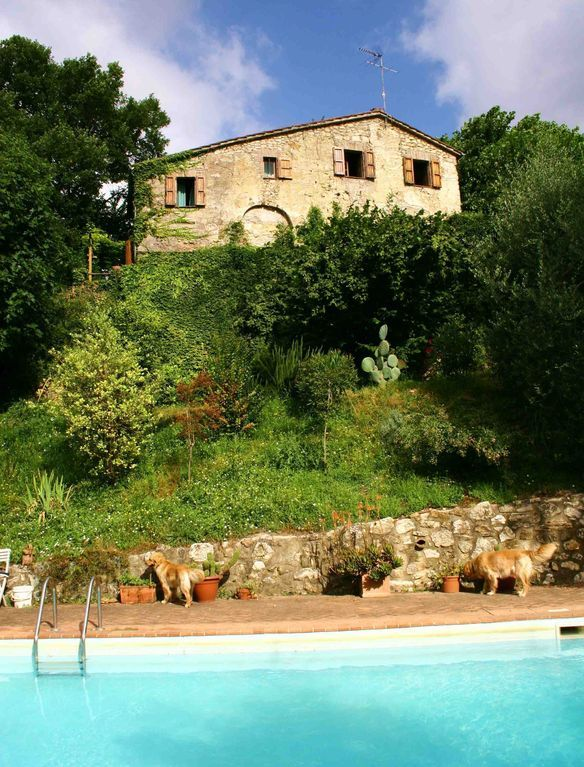 Casa con piscina de 4 habitaciones
