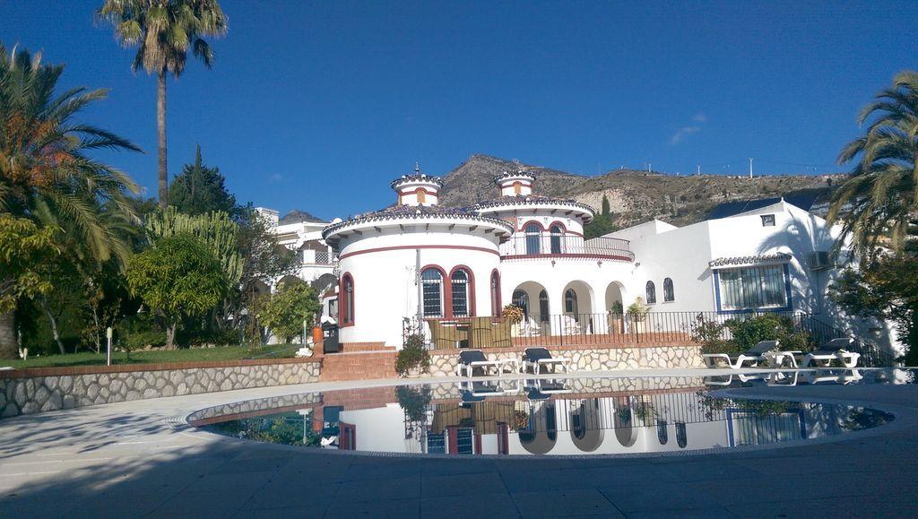 Residencia con balcón en Benalmádena