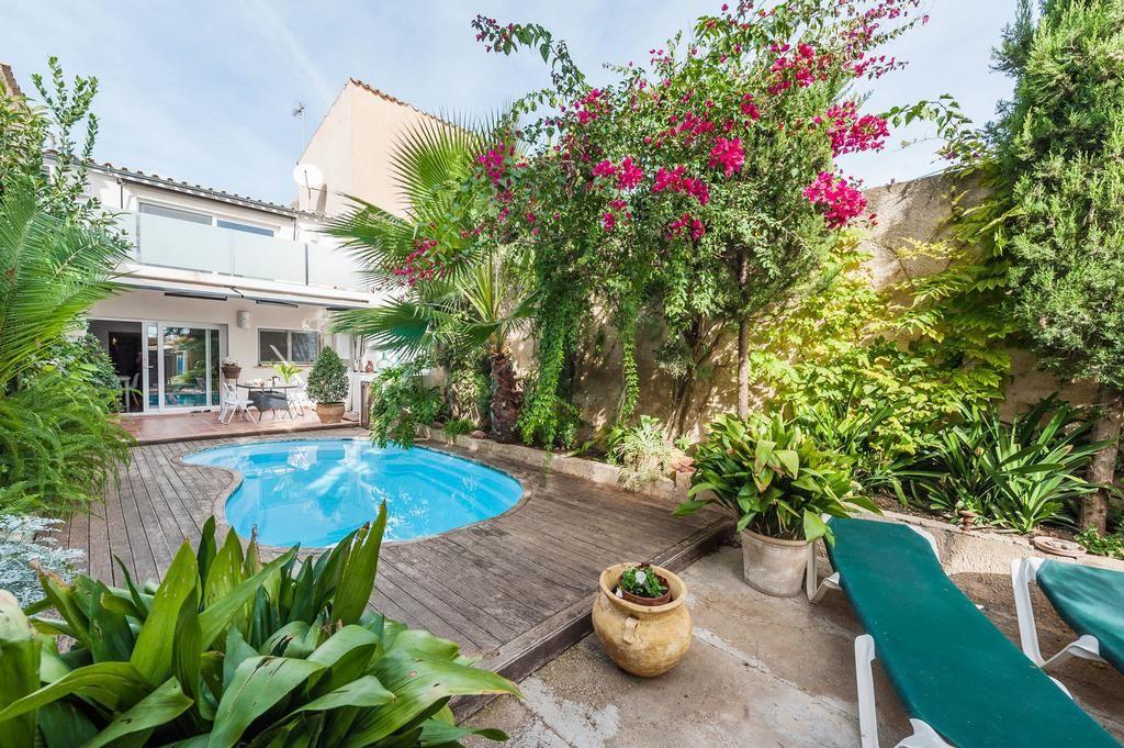 Casa de 1 habitación con jardín