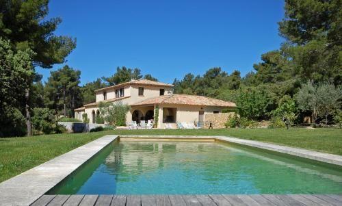 Residencia con jardín en Saint-marc-jaumegarde